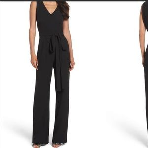 Vince Camuto Black Solid Sleeveless V-Neck Tie Front Wide Leg Jumpsuit Size 12P